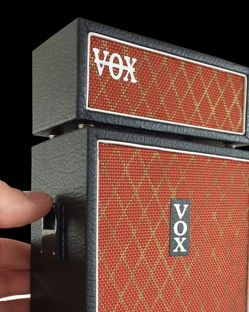 Vox Foundation Mini Amp & Spk Replica Collectible - Vox Foundation Mini Amp & Spk Replica Collectible