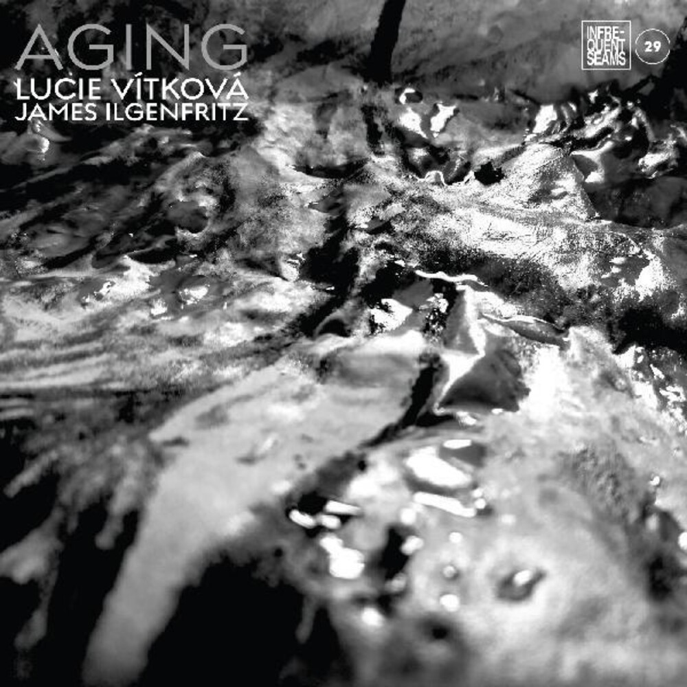 Lucie Vitkova  / Ilgenfritz,James - Aging
