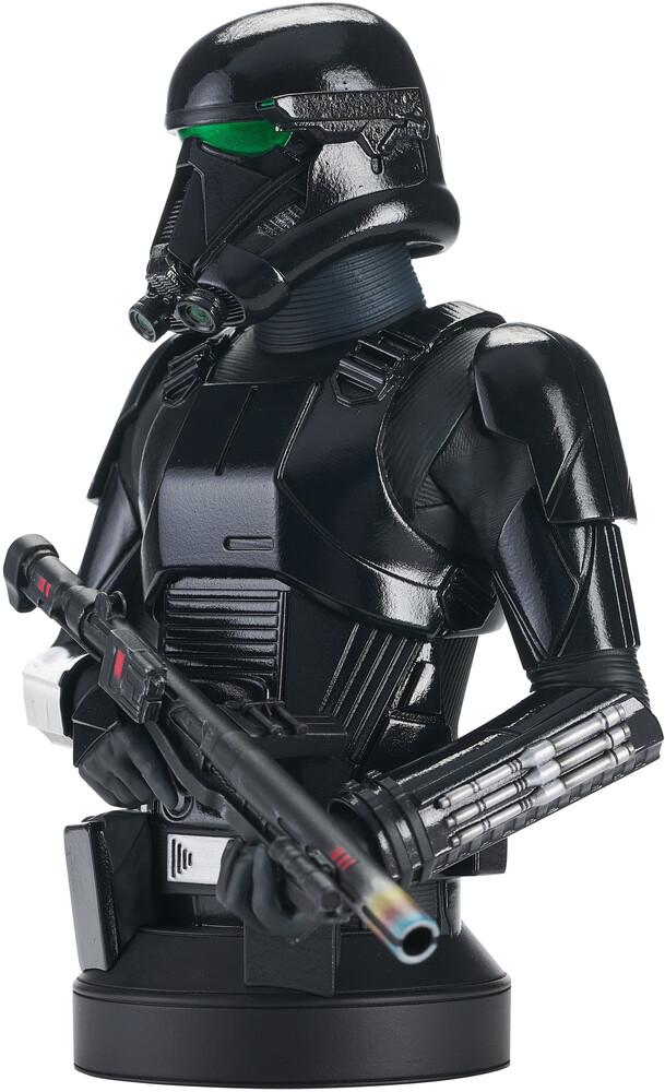 - Star Wars Mandalorian Death Trooper 1/6 Scale Bust