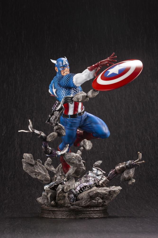 Marvel Universe Captain America Avengers Fine Art - Kotobukiya - Marvel Universe - Captain America Avengers Fine ArtStatue