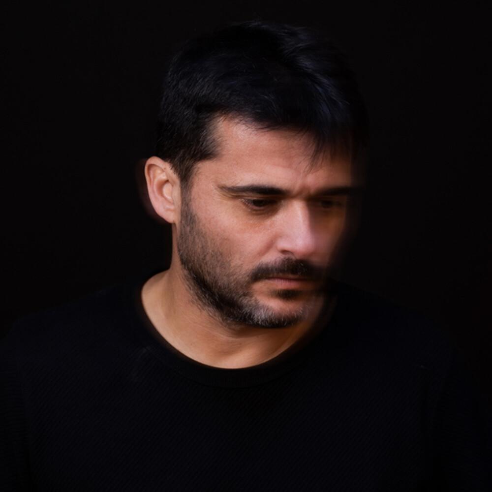 Miquel Abras - La Felicitat Tambe Plora