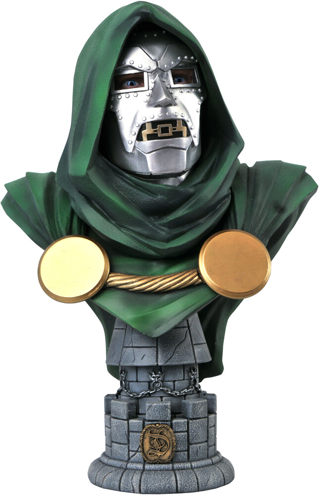 Diamond Select - Diamond Select - Marvel Legends In 3D Dr Doom 1/2 Scale Bust