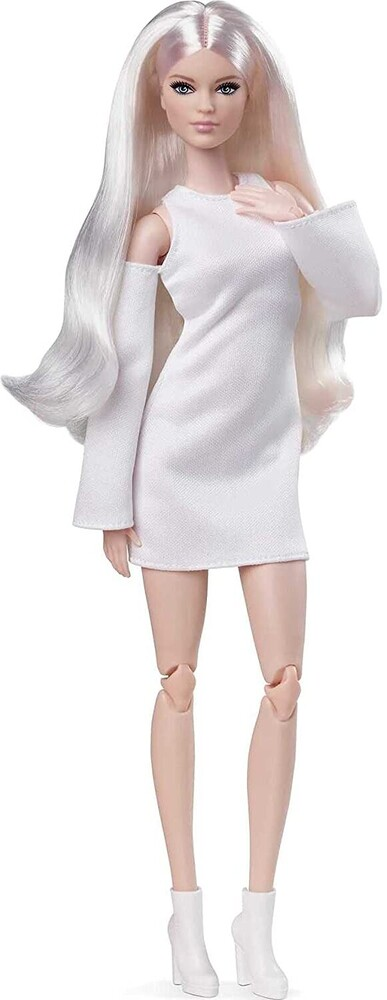 Barbie - Barbie Made To Move Basics Doll Tall With Blonde
