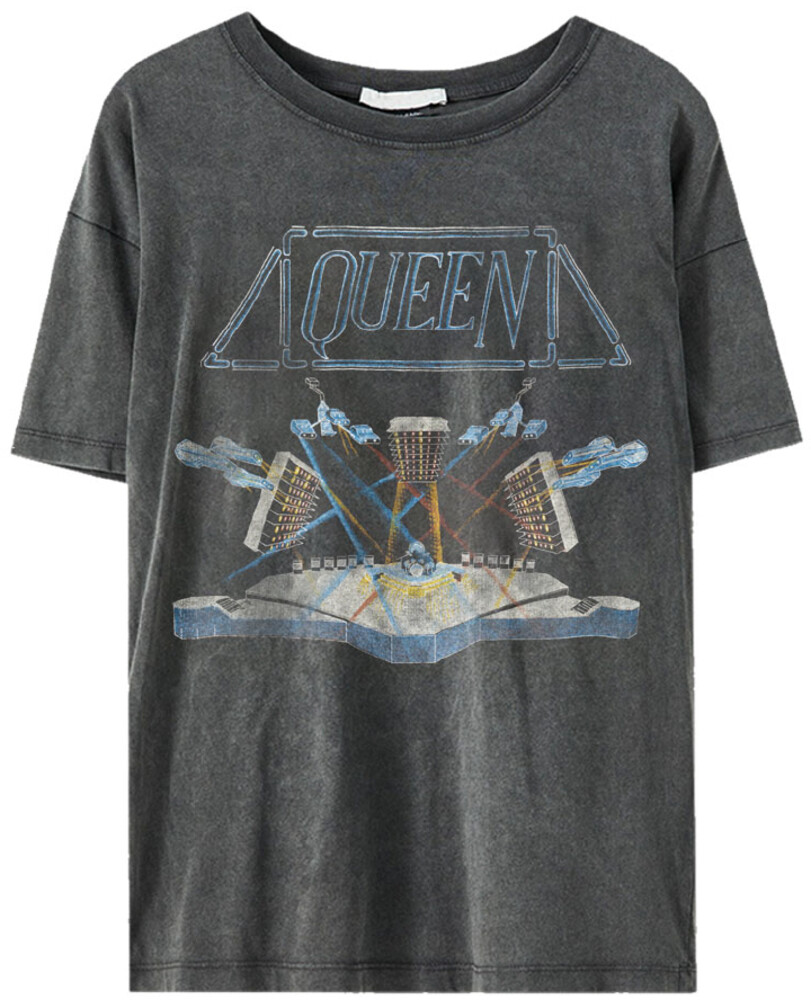 - Queen Stage Black Ss Tee M (Blk) (Med)