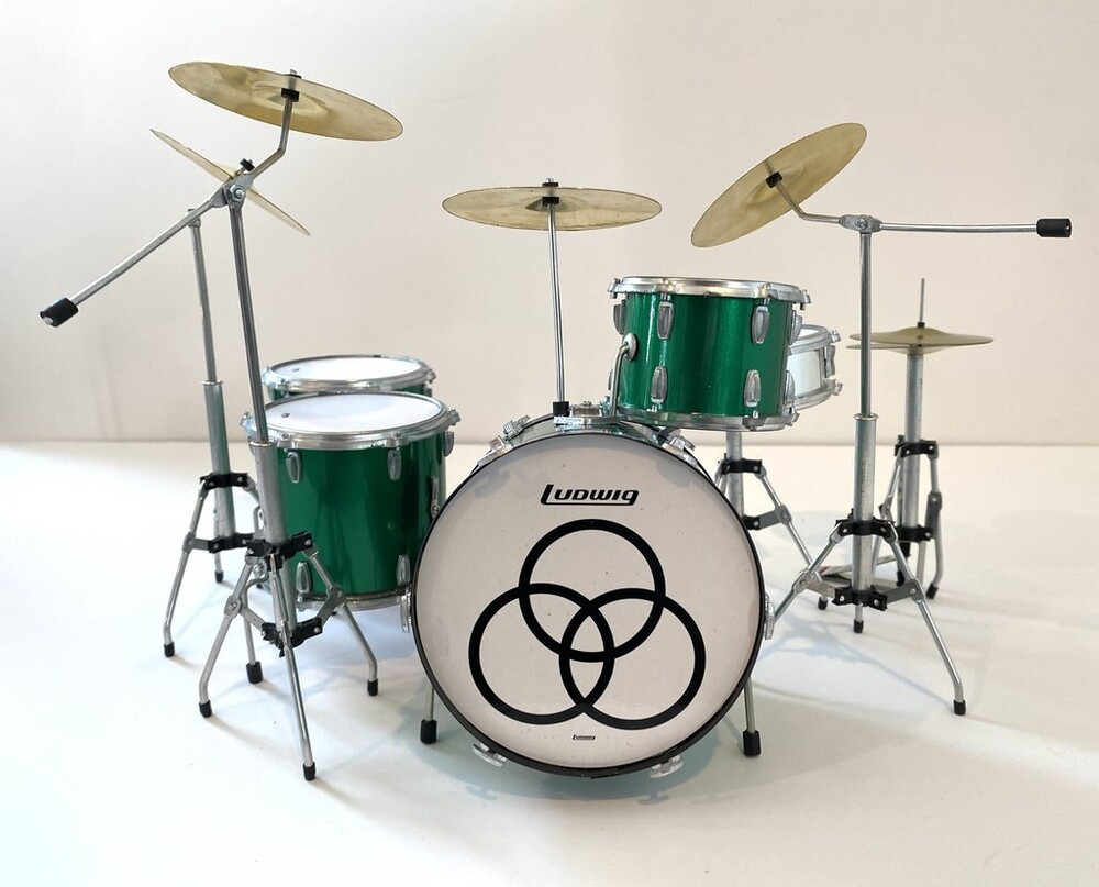 - John Bonham Led Zeppelin Green Sparkle Drum Kit