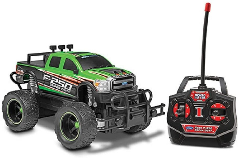 Rc Vehicles - 1:24 Ford F-250 Super Duty RC Truck (One random color per transaction. Colors green, blue or red.)