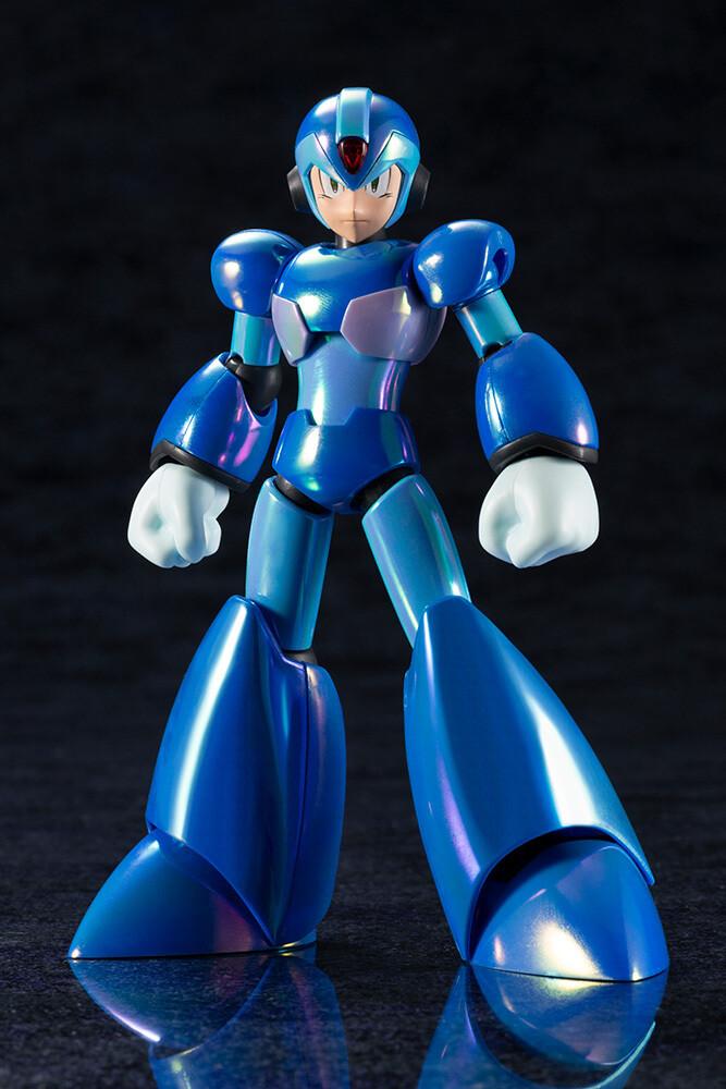 - Mega Man X - X Premium Charge Shot Version (Clcb)