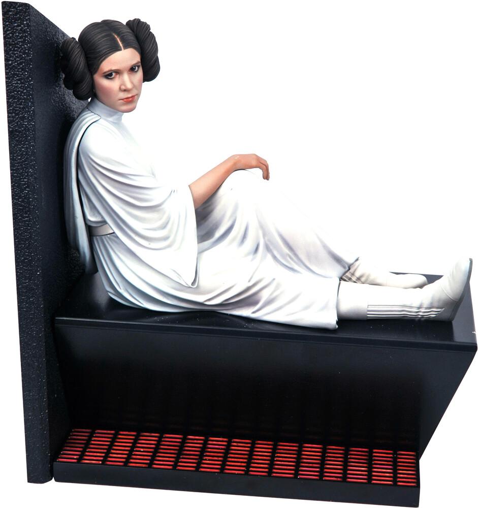 Diamond Select - Diamond Select - Star Wars Milestones A New Hope Leia Statue