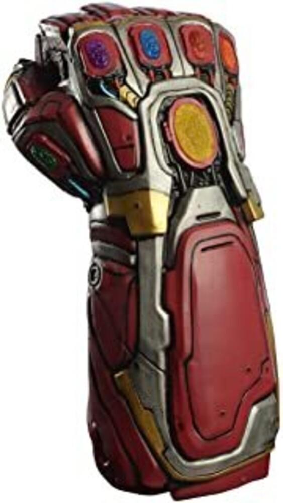 - Avengers Endgame Deluxe Iron Gauntlet (Clcb) (Fig)