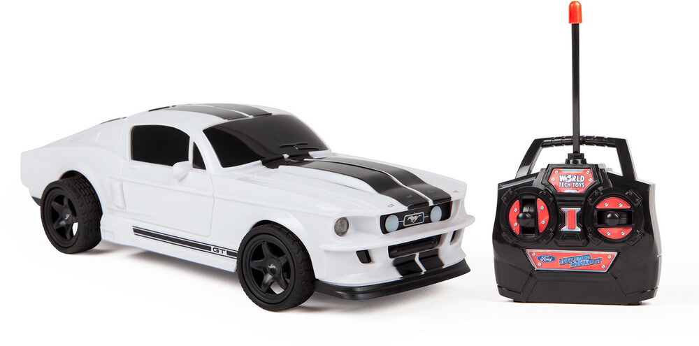 Rc Vehicles - 1:24 1967 Ford Mustang Shelby GT500 RC Car (One random color per transaction. Colors yellow, blue or red.)