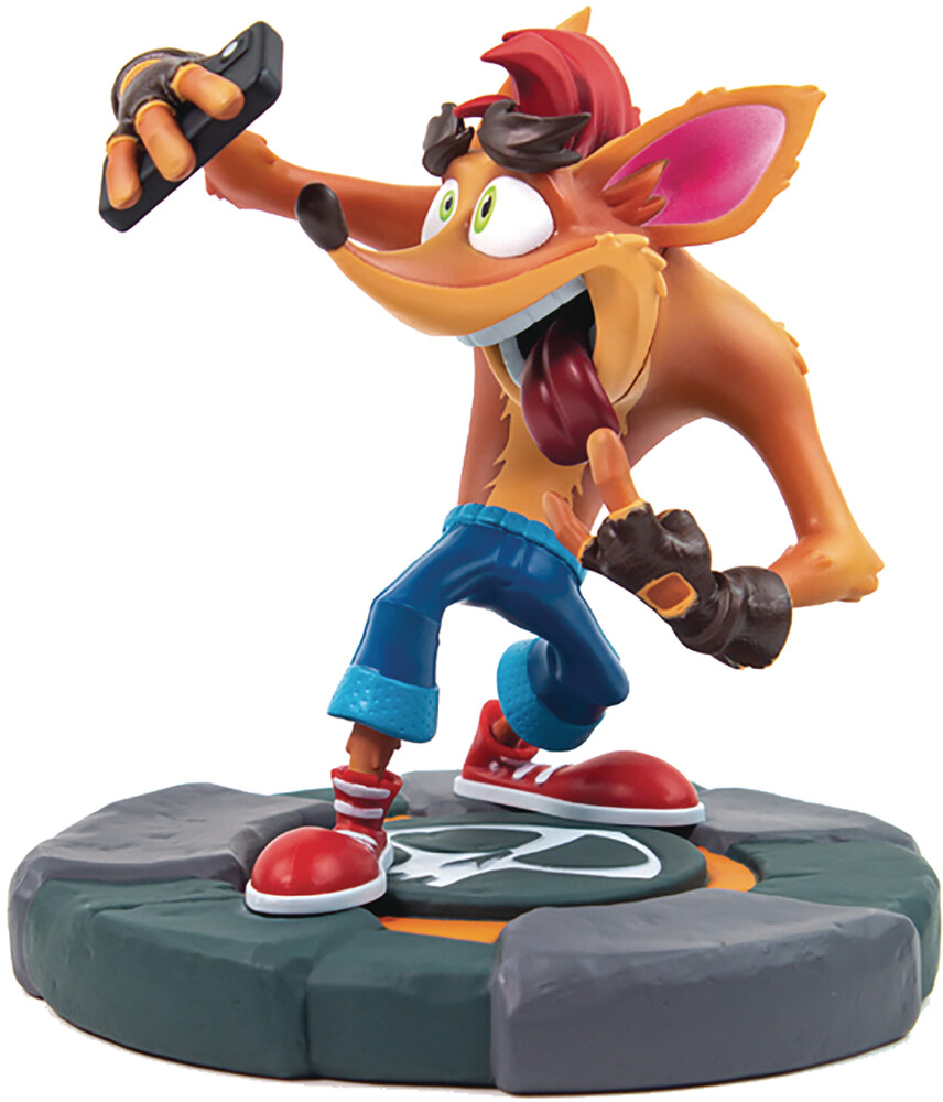Rubber Road - Rubber Road - Crash Bandicoot 4 Selfie 7 Statue (Net)