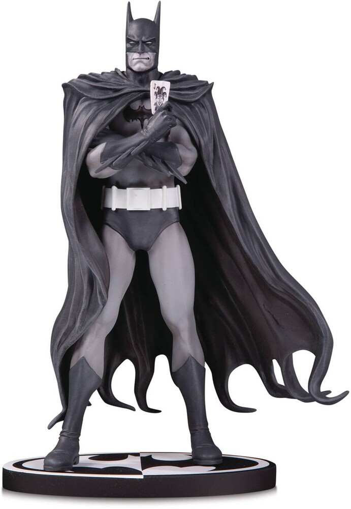 - DC Collectibles - Batman Black & White By Brian Bolland Statue