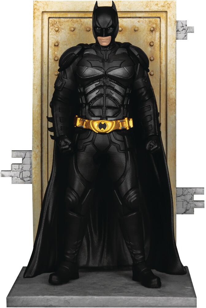 - Dark Knight Trilogy Ds-093 Batman D-Stage 6in Stat