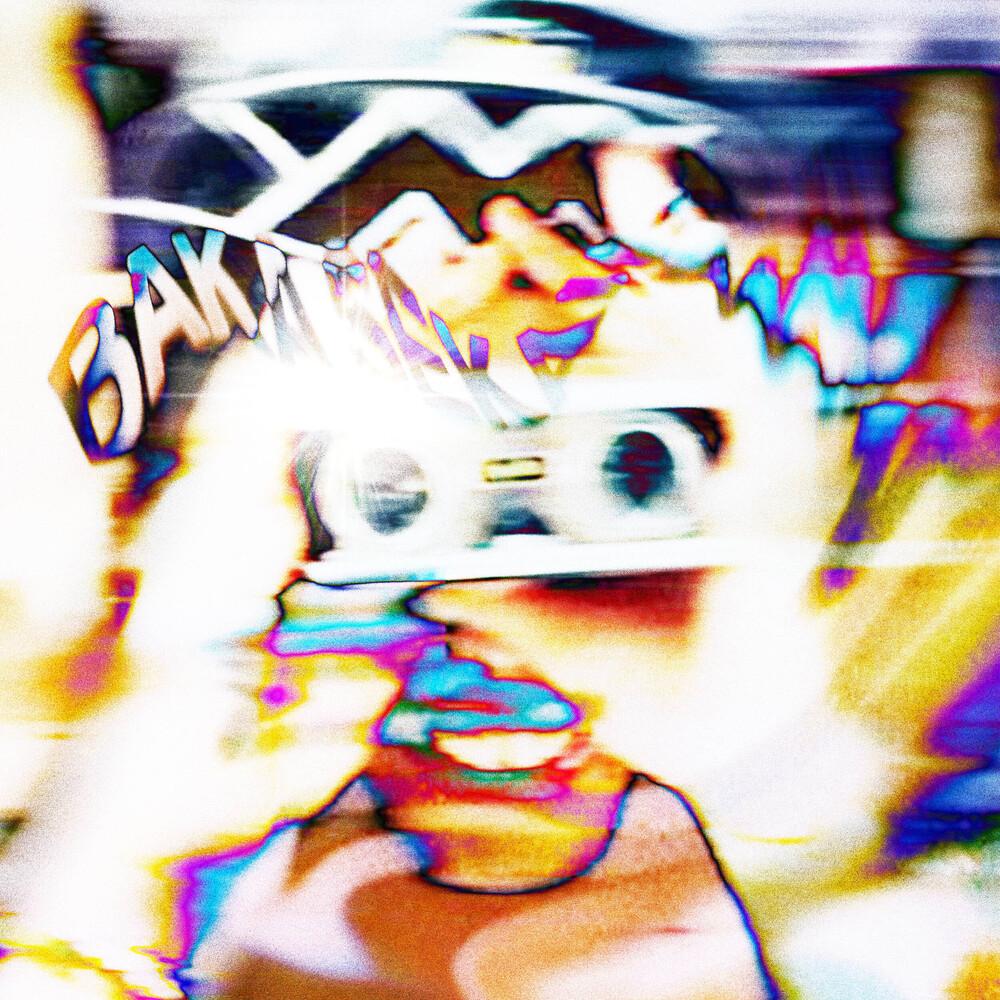 Juu4e - Crazy World