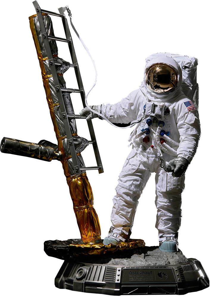 - Blitzway - Real Astronaut (Apollo 11 : LM-5 A7L Version), Blitzway 1/4Scale Statue