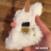 Billy Gibbons - Billy Gibbons Zz Top Fur Mini Guitar (Clcb) (Fig)