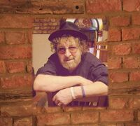 Chas Hodges - Right At Home: Selected Unreleased Home Recordings