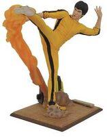 Diamond Select - Bruce Lee Gallery Kicking PVC Fig