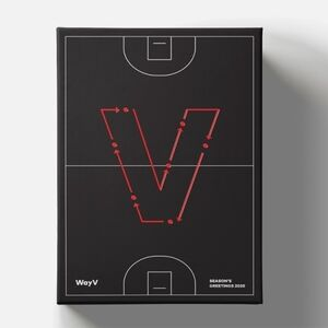 Season's Greetings 2020 (Incl. 2020 Postcard Calendar+Stand, DVDw/ Paper Bag, Desk Calendar, Sticker Set, Poster Set, Hard Cover Diary+ Mini Brochure) [Import]