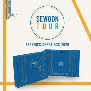 Season's Greetings 2020 (incl. Desk Calendar, Planner, Mini Clip MemoPad, Check List Memo, Postcard, Masking Tape, Pen, Making of DVD +Photocard Set) [Import]