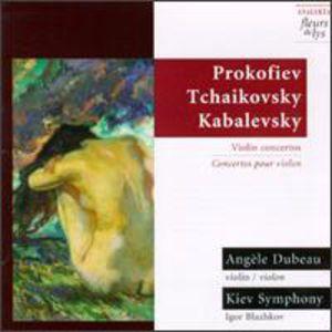 Plays Prokofiev/ Tchaikovsky