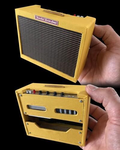 FENDER 1959 TWEED TWIN AMP MINI GUITAR AMPLIFIER